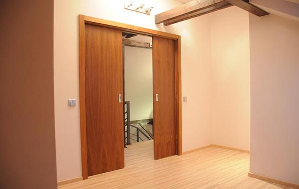 interiéry, dveře